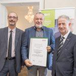 Dominic Neumann und Dr. Werner Lämmerer mit Norbert Alois Gleixner