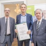 Dominic Neumann und Dr. Werner Lämmerer mit dem Vertreter der PTM EDV-Systeme GesmbH